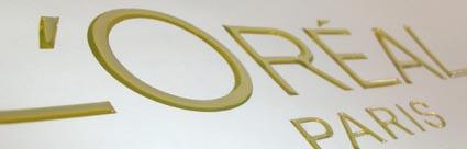 fabrication d 39 autocollants tiquettes stickers s rigraphi s et d coup s sur mesure. Black Bedroom Furniture Sets. Home Design Ideas
